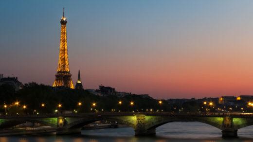 pulnoc-v-parizi